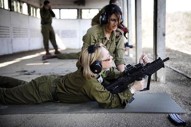 Как у них: Жители Израиля, Дании, Германии, Греции, США — о службе в армии. Изображение № 5.