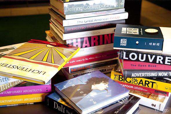 На «Винзаводе» открылся новый книжный магазин «Артбукса». Изображение № 19.
