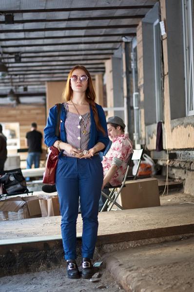 Фоторепортаж: Люди, покупки и опасные отходы на Garage Sale. Изображение № 49.