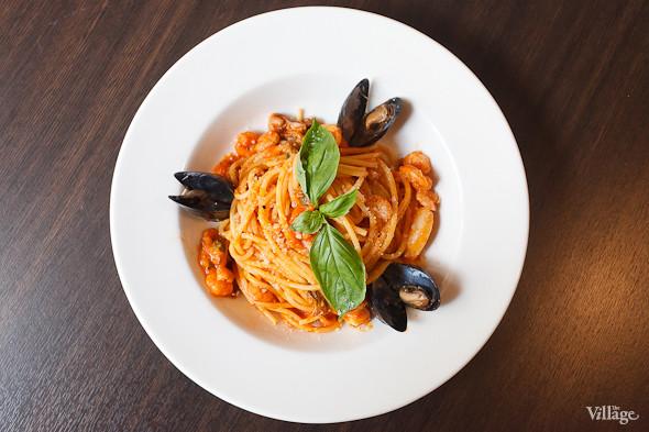 Спагетти с морепродуктами — 350 рублей. Изображение № 26.