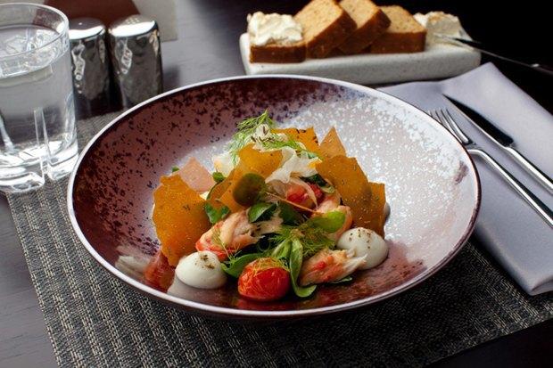 Салат с королевским краьом в ресторане «Оранж 3». Изображение № 36.