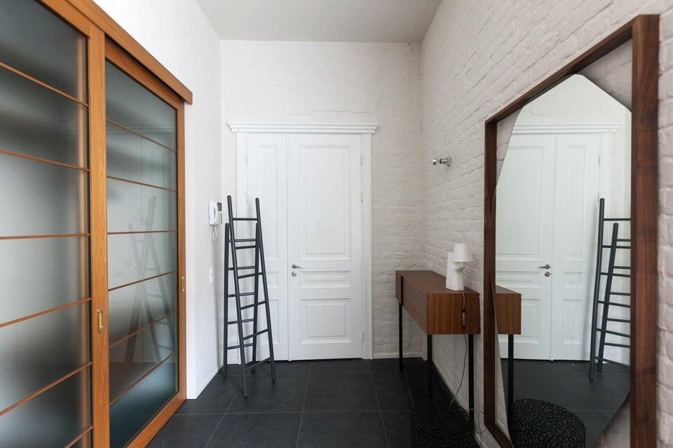 Квартира владельцев галереи Bulthaup наБольшой Конюшенной. Изображение № 11.
