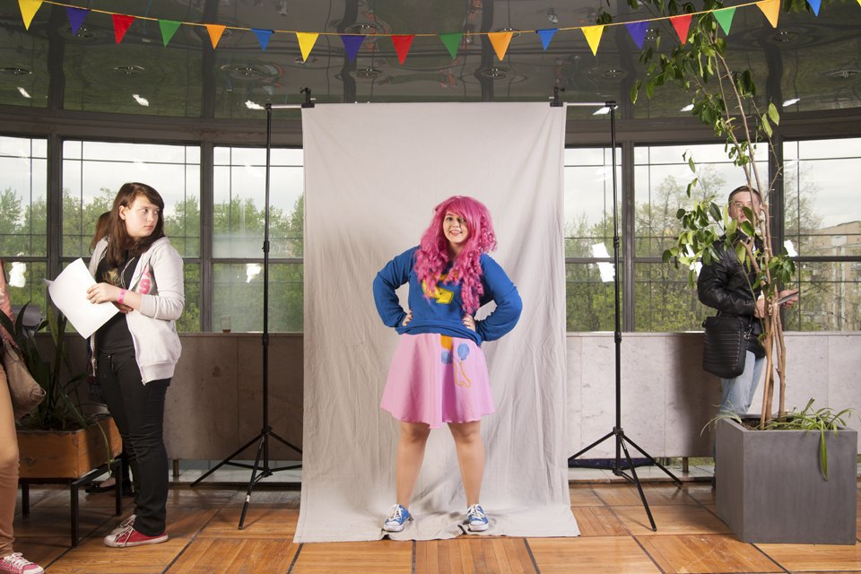 Участники фестиваля поклонников мультсериала My Little Pony. Изображение № 12.