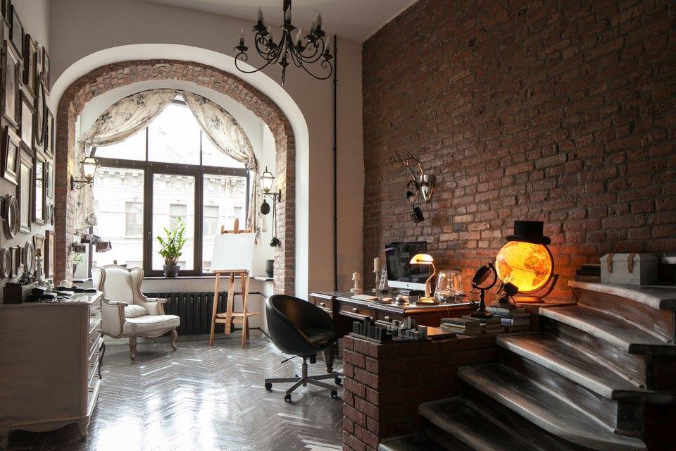 Квартира в историческом центре для молодой пары. Изображение № 4.