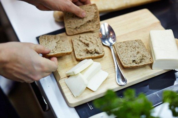 Шеф дома: Смэш-бургер и хиро-сэндвич Федора Тардатьяна. Изображение № 29.