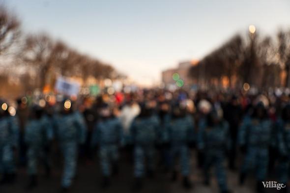 Фоторепортаж: Шествие за честные выборы в Петербурге. Изображение № 30.