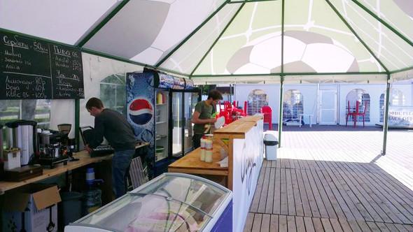 «Фартук» открыл pop-up кафе у Петропавловки. Изображение № 5.