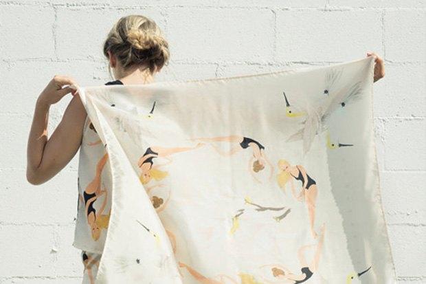 Шёлковый платок с принтом, 78 долларов. Изображение № 14.