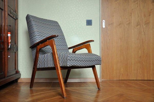 Кресло на ножках своими руками