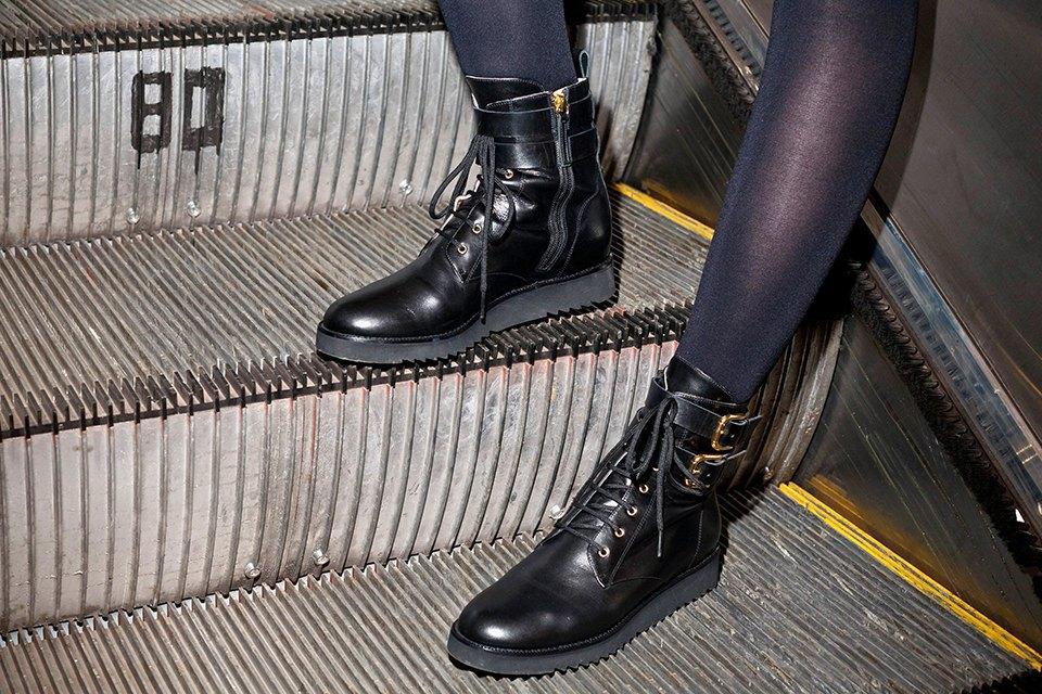 Вещи недели: 11 пар обуви на зиму. Изображение № 7.