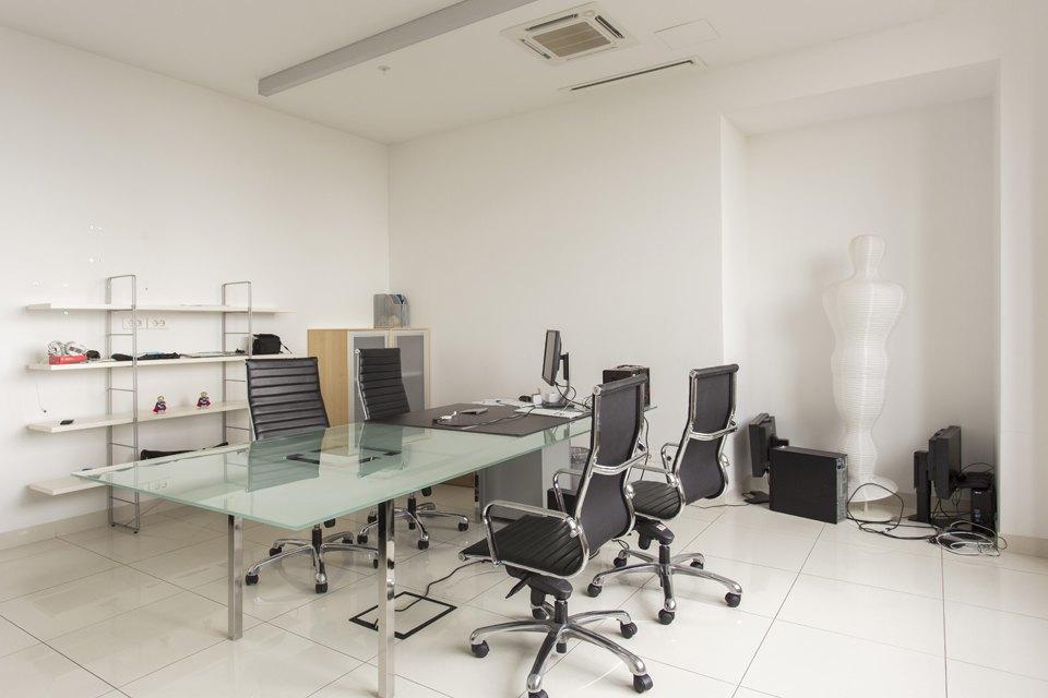 Офис «ВКонтакте» вдоме «Зингер». Изображение № 11.