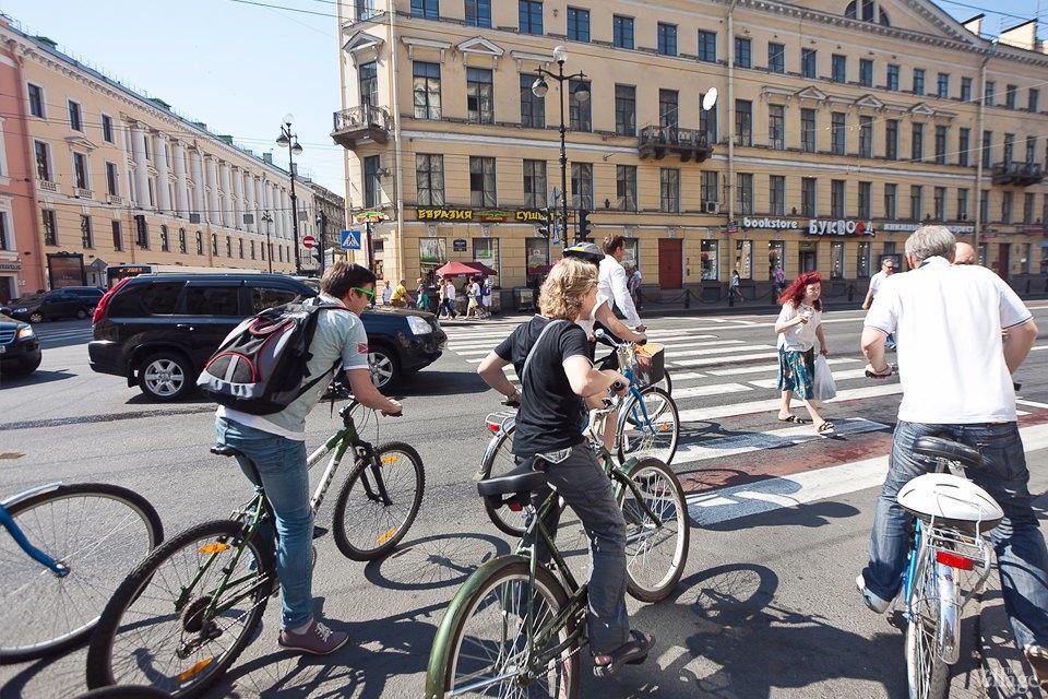 Где наши мигалки: Как петербургские депутаты пересели на велосипеды. Изображение № 19.