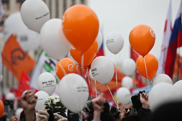 Митинг «За честные выборы» на проспекте Сахарова: Фоторепортаж, пожелания москвичей и соцопрос. Изображение № 32.