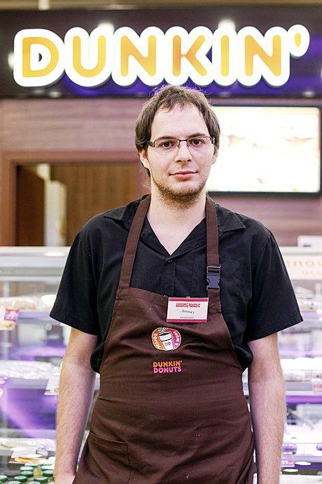 Лучшие сотрудники сентября вмосковских кафе иресторанах. Изображение № 4.