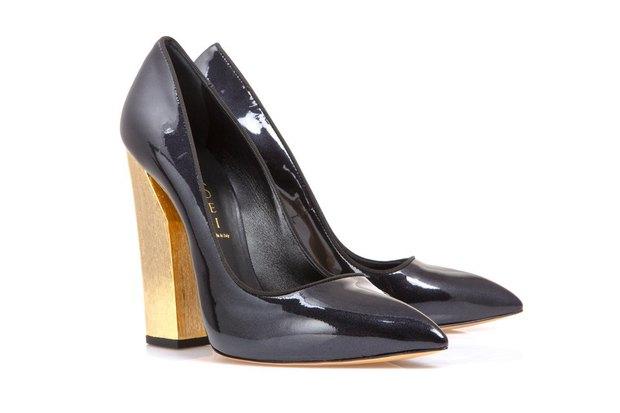 Mania Grandiosa открыла обувной аутлет в «Варшавском экспрессе». Изображение № 1.