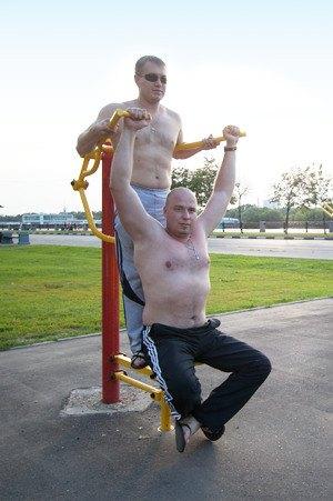 Через «Красивый Петербург» можно оборудовать двор тренажёрами. Изображение № 2.