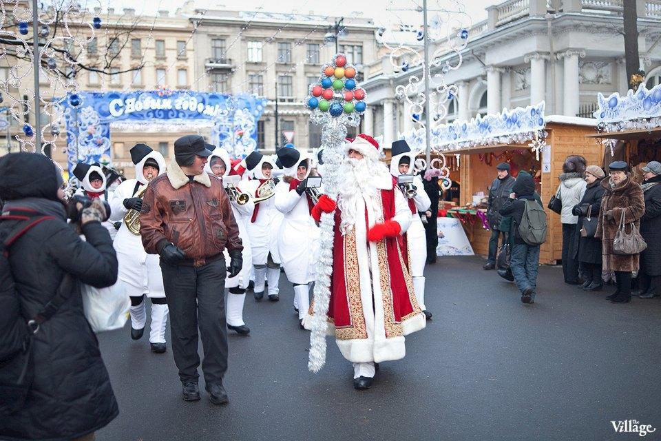 Люди в городе: Продавцы рождественской ярмарки на Островского. Изображение № 2.