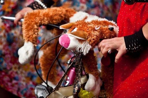 Люди в городе: Участницы парада «Леди на велосипеде». Изображение № 5.