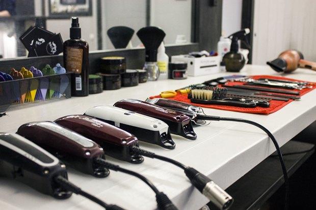 На «Московской» заработала мужская парикмахерская Britva. Изображение № 5.