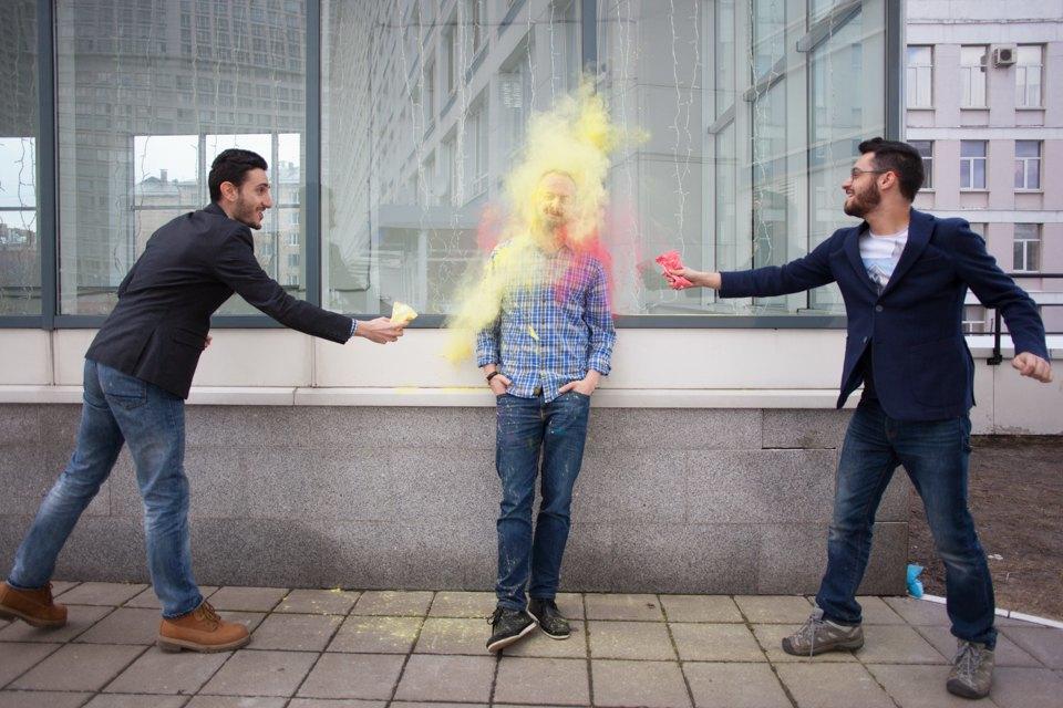 Как менеджеры табачной компании стали проводить фестивали красок . Изображение № 7.