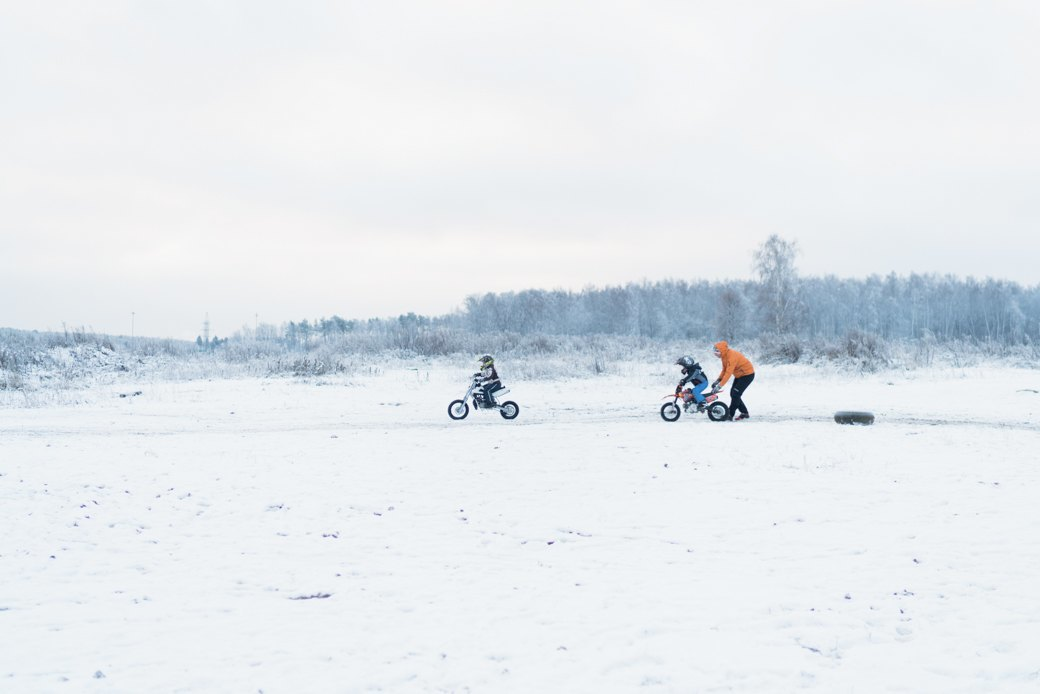 Мотодетки: Маленькие мотоциклисты иихродители — отом,зачем ребёнку гонки. Изображение № 4.