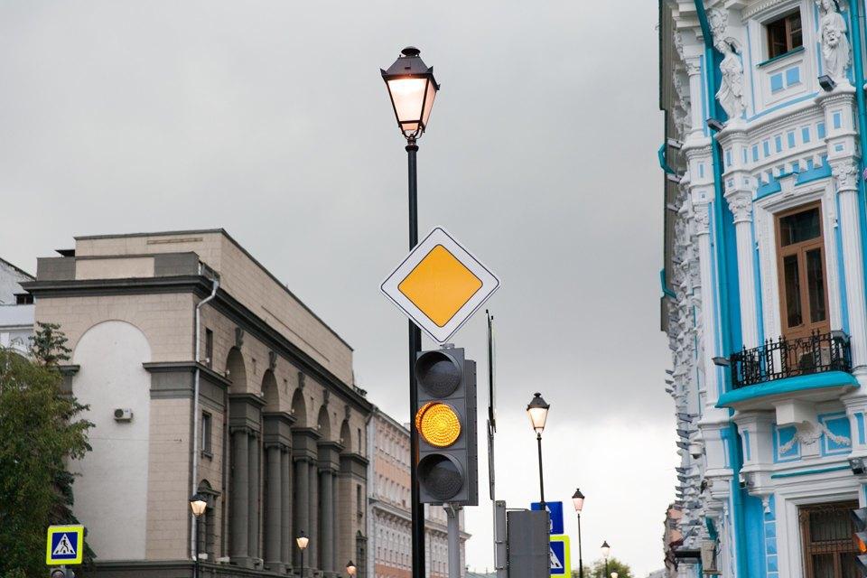 Обновлённые улицы Покровка иМаросейка. Изображение № 24.