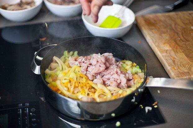 Шеф дома: Грузин и итальянец готовят по рецептам бабушек. Изображение № 98.