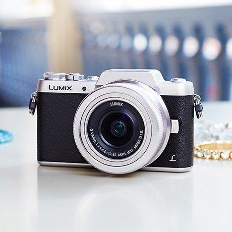 Гид по подаркам: Фотоаппараты и фотоаксессуары. Изображение № 4.