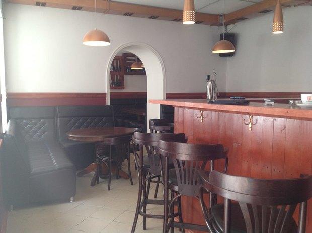 На Гороховой открылся бар «Папа любит». Изображение № 3.