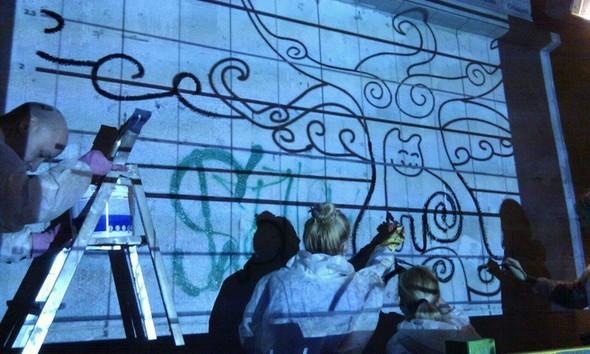 Добровольцы разукрасили туннель около «Винзавода». Изображение № 1.