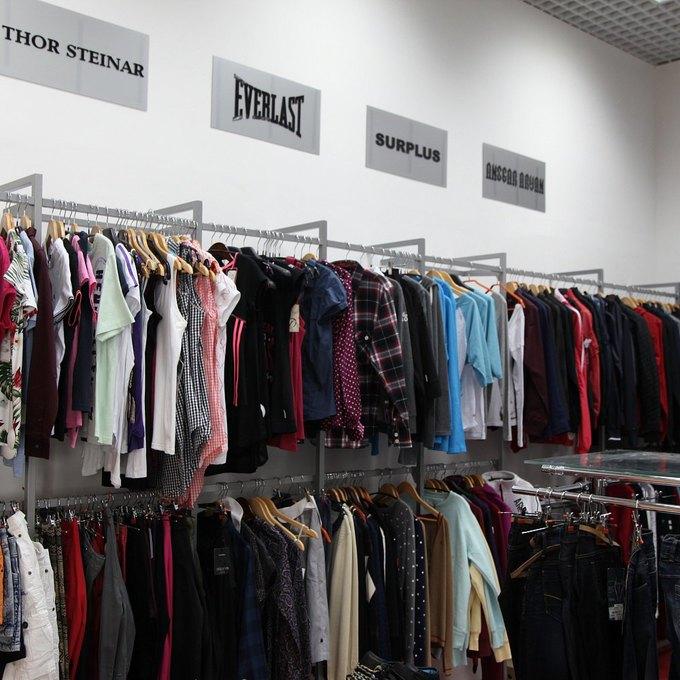 ВПетербурге открылся магазин уличной одежды сети StreetStory . Изображение № 2.