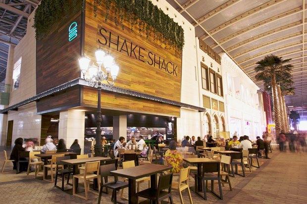 CEO и шеф-повар Shake Shack о своих ресторанах и работе в Москве. Изображение № 3.