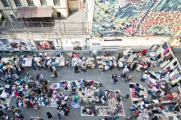Фоторепортаж: Люди, покупки и опасные отходы на Garage Sale. Изображение № 18.