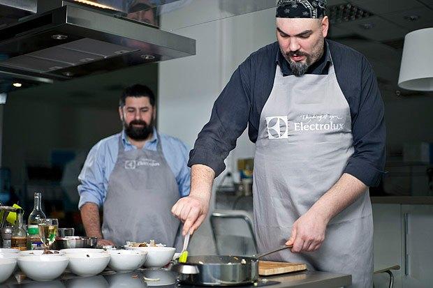 Шеф дома: Грузин и итальянец готовят по рецептам бабушек. Изображение № 94.