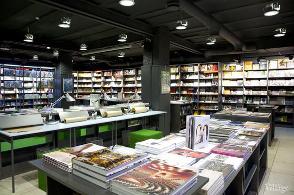 На «Винзаводе» открылся новый книжный магазин «Артбукса». Изображение № 9.