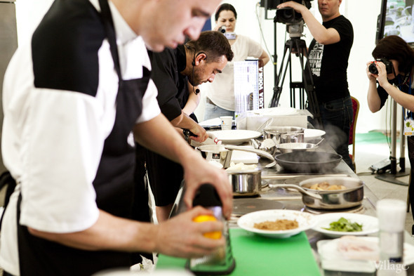 Omnivore Food Festival: Андрей Рывкин готовит карри из петуха на монастырском квасе. Изображение № 9.