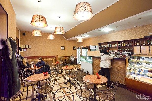 Все свои: Кафе-мороженица «Вкусные штучки» наПетроградке. Изображение № 9.