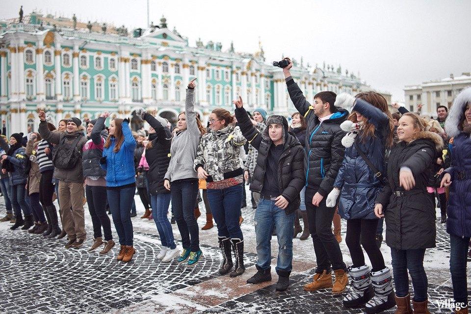 Фоторепортаж: Gangnam Style и зарядка на Дворцовой площади. Изображение № 15.