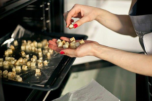Шеф дома: Ростбиф-салат и тыквенная каша Мириам Сехон. Изображение № 59.