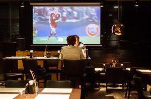 Фан-зоны: 5 новых спорт-баров в Москве. Изображение № 42.