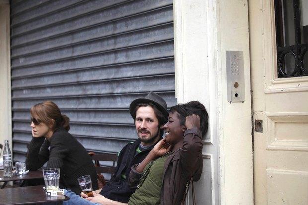 Как у них: Жители Норвегии, ЮАР, Испании — об отношениях с соседями. Изображение № 32.