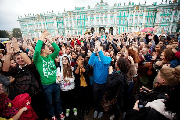 В Петербурге на Дворцовой площади танцевал Мэтт Хардинг. Изображение № 3.