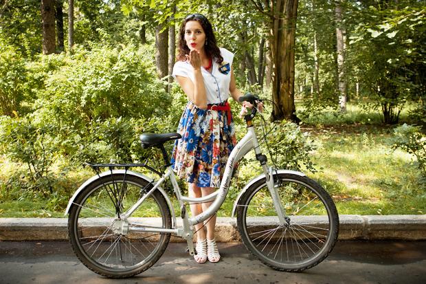 Люди в городе: Участницы парада «Леди на велосипеде». Изображение № 44.