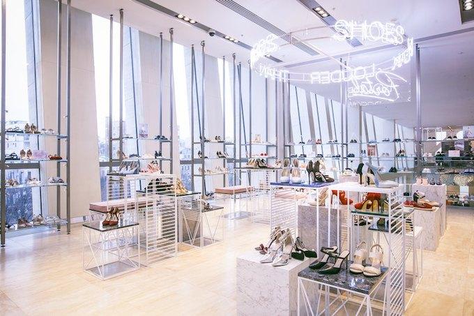 В «Цветном» открывается первый магазин обувного бренда Portal. Изображение № 1.