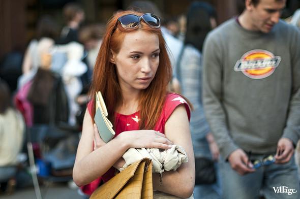 Фоторепортаж: Люди, покупки и опасные отходы на Garage Sale. Изображение № 29.