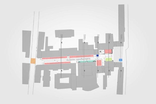 План Камергерского переулка. Красным выделена ресторанная зона, жёлтым — зона выступления уличных артистов, зелёным — входная зона театра. Изображение № 1.