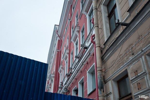С дома на углу Невского и Фонтанки сняли леса. Изображение № 3.