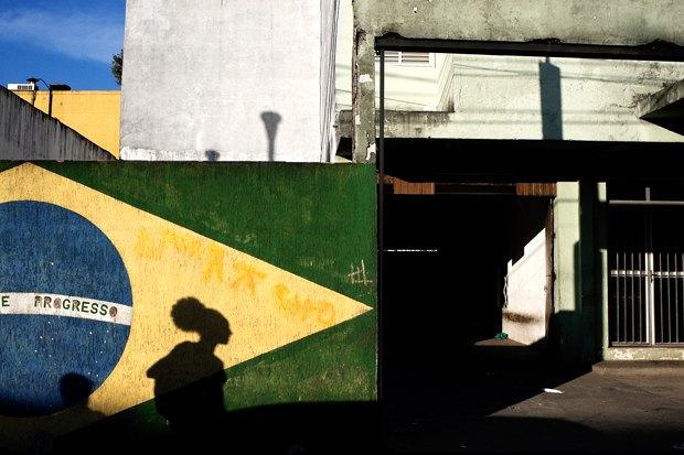 Что происходит в Сан-Паулу вовремя чемпионата мира пофутболу. Изображение № 8.