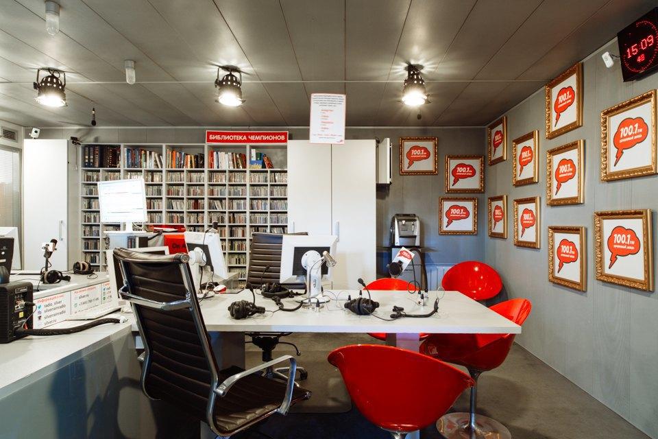 Офис радиостанции «Серебряныйдождь». Изображение № 16.