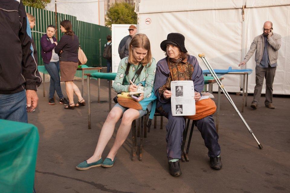 """«Операция """"Ы"""" и другие приключения Шурика» в летнем кинотеатре для бездомных. Изображение № 18."""